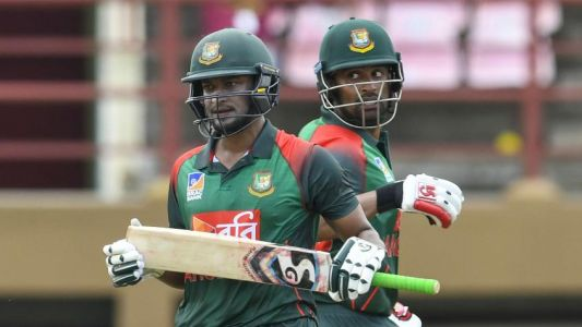 Rhodes wary of 'wounded' Zimbabwe