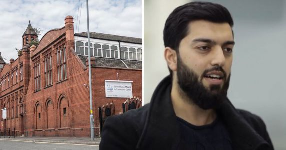 Frontline doctor says family have died from Covid in vaccine plea to Muslims