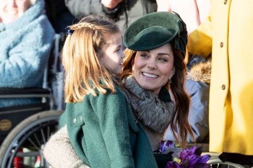 Kate Middleton popped in a pub with Princess Charlotte to make a relatable request