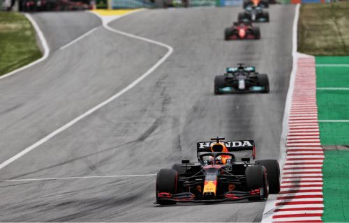 Horner suspects Wolff behind 'bendy wing' comments