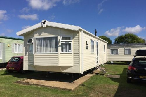 Martin Lewis gives caravan owners crucial new update on holiday park refunds