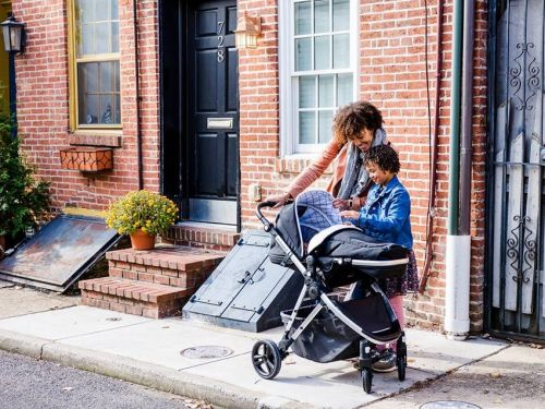 This affordable stroller solves the 3 major annoyances I've found with other strollers - its modular design makes it a versatile option