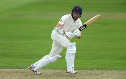 Rory Burns' hopes of a big score undone by Moeen Ali