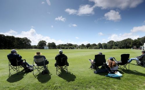 Recreational cricket set to resume next weekend after government u-turn