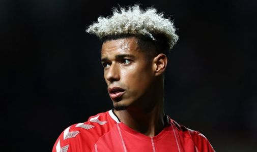 Lyle Taylor among Charlton players who will refuse to play upon Championship resumption