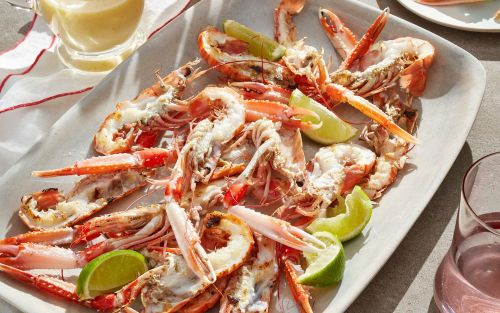 Grilled langoustines with lime butter sauce