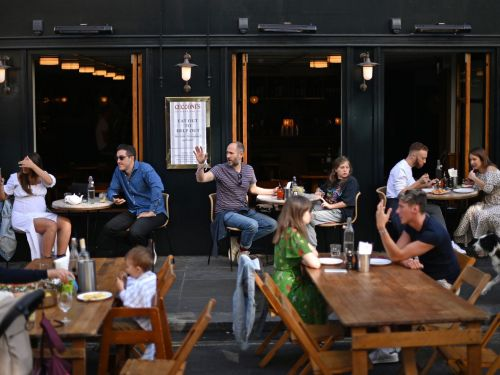 London Restaurants, Pubs, and Bars Must Close by 10P.M. From Thursday 24 September