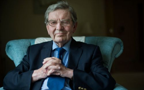 Newsreader Richard Baker who introduced first BBC news bulletin dies aged 93