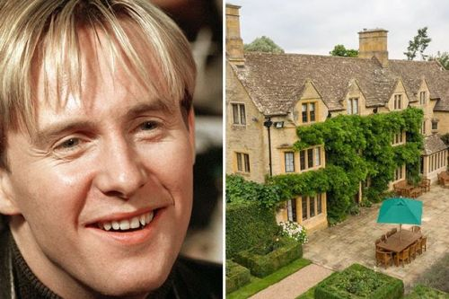 You can book a Cotswolds manor for £6 this half term and party with H from Steps