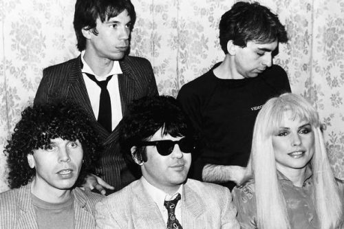 Blondie's Clem Burke gets fans reminiscing over a gold suit he wore at Glasgow's Apollo