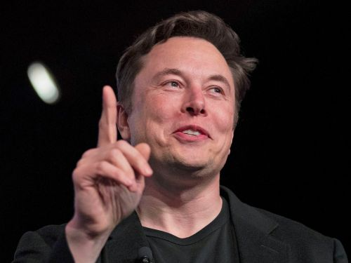 Elon Musk says the chances of Tesla's autonomous computer failing are 'substantially lower than somebody losing consciousness'