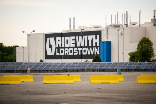 Lordstown has binding orders, says limited production starts this year