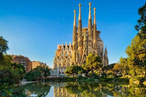 Barcelona is the best place for a stag do.but Prague has the cheapest pints, study finds