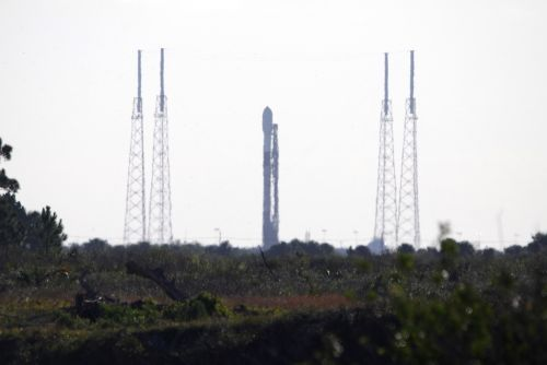 Live coverage: SpaceX evaluating launch date for next Falcon 9 mission