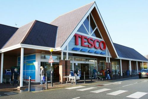 Tesco introduces rationing with 3 item limit on certain products due to virus