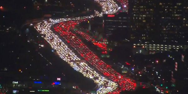 43 million Americans will hit the road this Memorial Day Weekend. Here are the most crowded times to avoid