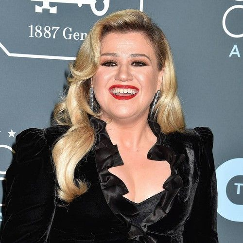 Kelly Clarkson to replace injured Simon Cowell on America's Got Talent