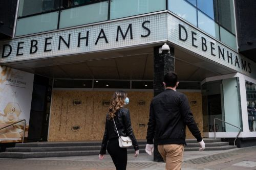 Debenhams collapses putting 22,000 jobs at risk
