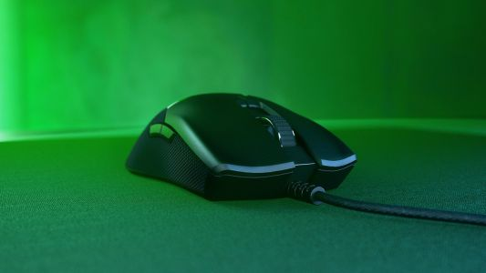 Get the Razer Viper ambidextrous gaming mouse up to 31% cheaper