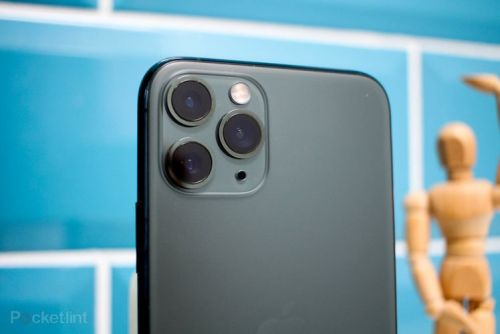 Apple reveals why the iPhone 11 checks for your location without permission