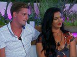 Love Island: Fans turn on 'pathetic' Dr Alex as he cools romance with Alexandra to pursue Laura