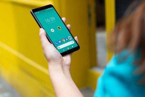 EE has a bunch of new pay monthly plans with 5G and reserve data
