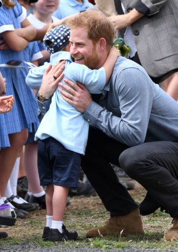 Prince Harry And Meghan Get Enthusiastic Hugs From 5-Year-Old Boy And Our Hearts Are Melting