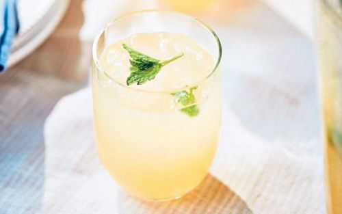 Non-alcoholic pink grapefruit cooler recipe