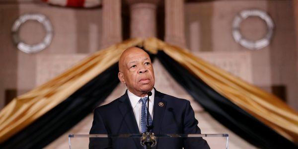 Rep. Elijah Cummings, one of the key Democrats leading the impeachment inquiry, has died unexpectedly aged 68