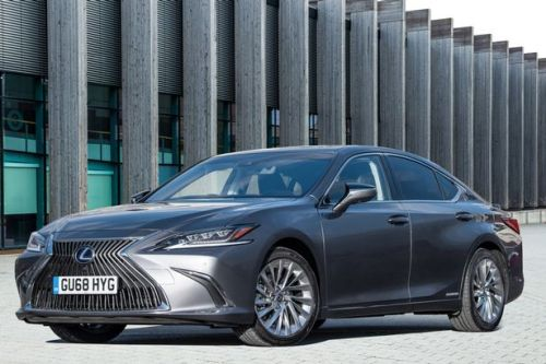The Lexus ES 300h Takumi