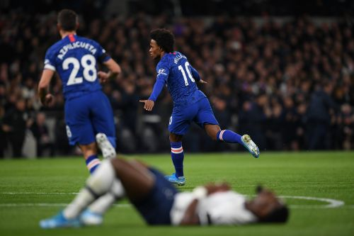 Willian wants Premier League stay - but it won't be at Chelsea