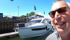 Sealine C430 tour: Adaptable yacht can transform into Med mode in seconds