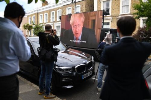 Led By Donkeys Play PM's Lockdown Speech Right Outside Dominic Cummings' Home