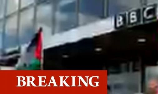 'Shame on you BBC!' Thousands block entrance to BBC Scotland during Palestine protest
