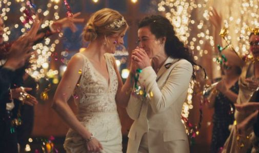 Lesbian kiss row: Wedding-planning site hits out at Hallmark for pulling adverts