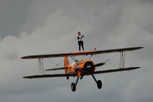 Daredevil Lanarkshire mum with incurable disease takes feats to new heights