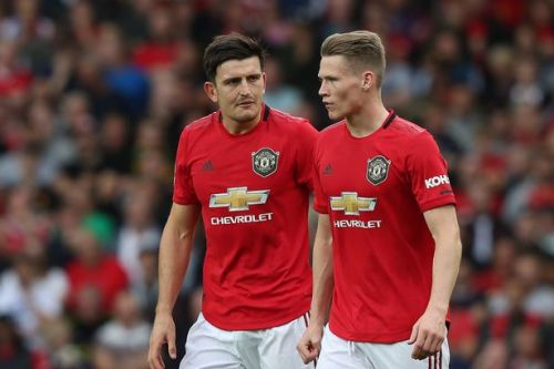 Manchester United agree pay cut as stars agree to donate cash to NHS
