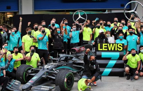 Wolff hails loyal staff despite RBR's 'lottery number' offers
