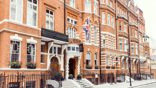 11 Cadogan Gardens joins Relais and Chateaux