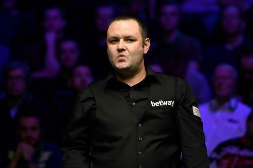 Stephen Maguire plays 'the most amazing shot in the history of snooker' at the Masters