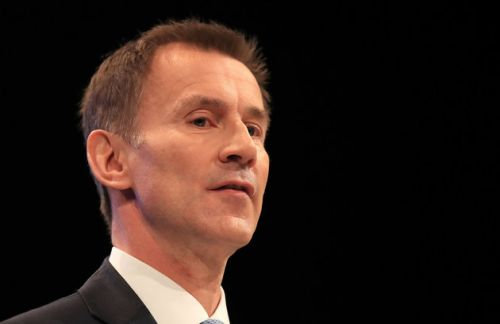 Jeremy Hunt Warns EU To Step Back From Brexit 'Abyss'