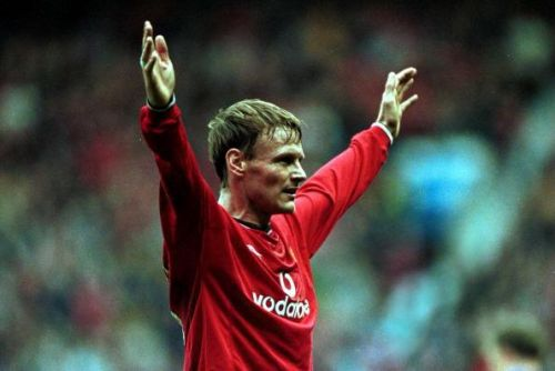 Teddy Sheringham had agreed Liverpool move before joining Manchester United