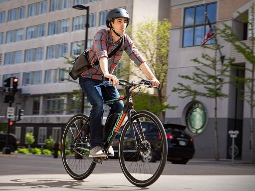 I thought e-bikes were a gimmick but then the $1,350 Schwinn Monroe changed my mind - here's what it's like to ride