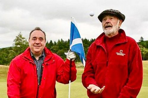 Alex Salmond pays tribute to 'world's greatest Scot' Sean Connery after death