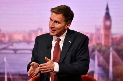 Jeremy Hunt warns of 'great' Iran war risk after oil tanker attacks