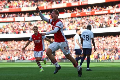"""Emile Smith Rowe admits Arsenal heroics in win over Tottenham is """"best day of my life"""""""