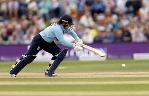 Tammy Beaumont hits 102 as England thump New Zealand in final match of series