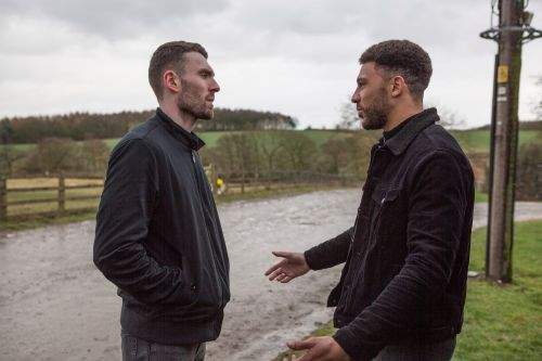 Emmerdale spoilers: Robbery goes wrong tonight - with death to follow?