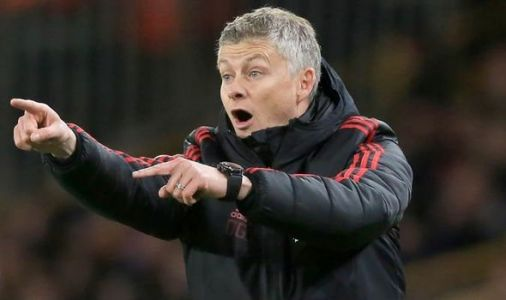 Man Utd boss Ole Gunnar Solskjaer held long talks with one player after Wolves defeat