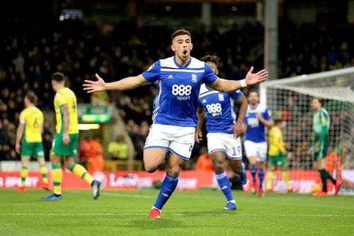Manchester United and Arsenal join transfer race for Che Adams